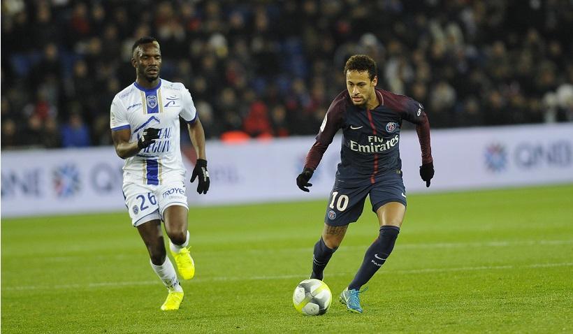 PSG neymar 2 zdroj estac.fr