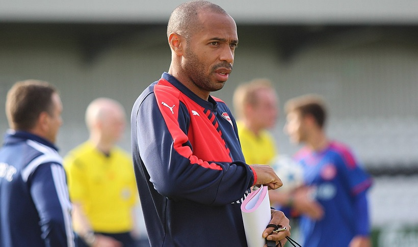 Thierry_Henry_Autor joshjdss – Arsenal U19s Vs Olympiacos, CC BY 2.0
